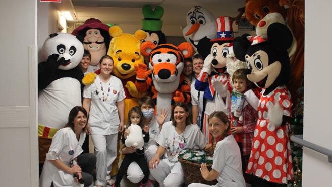 Mascottes en folie en pédiatrie